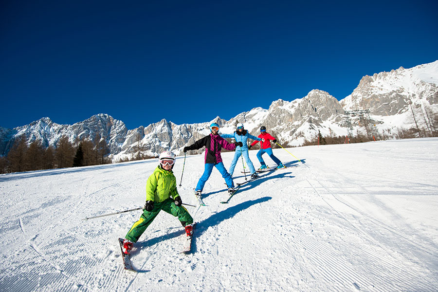 With your family on the slopes