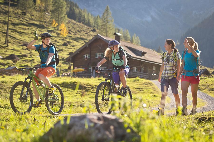 sommer-mountainbike-wandern.jpg